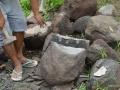 cara-Cara Membelah Batu Gunung Merapi dengan Alat Tradisional-batu-gunung-merapi-alat-tradisional-sederhana-4