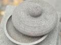 Cobek Batu Merapi dengan Tutupnya Tampak Atas