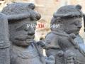 Arca Dwarapala / Patung Gupolog tampak samping depan