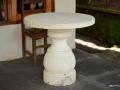 Meja Batu dari Batu Putih