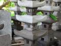 Lampion bentuk Pagoda dari Batu Merapi