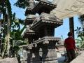 Gapura Pagoda Tingkat 3 Atap Ukiran Genteng