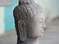 Patung Arca Kepala Budha Tampak Samping
