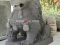 Patung Samsi (Singa) Batu Alam / Candi Tampak Depan Kanan