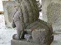 Patung Samsi (Singa) Batu Alam / Candi Tampak Samping