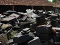 Sekilas Kondisi Kerja dengan Batu Sisa dan Batu Bahan Bercampur Aduk