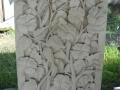 Relief Dinding Batu Putih Motif Ornamen Bunga Sepatu