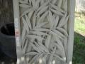 Relief Dinding Batu Putih Motif Ornamen Pohon Bambu