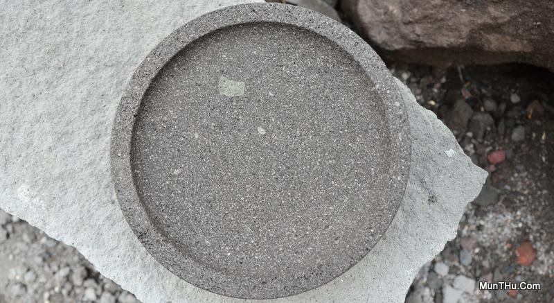 Cobek Batu Merapi Kualitas Sedang / Belum Begitu Bagus