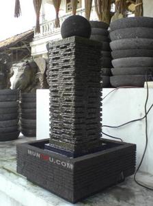 Air Mancur Cagak / Tiang : Motif Pahatan Natural Alami