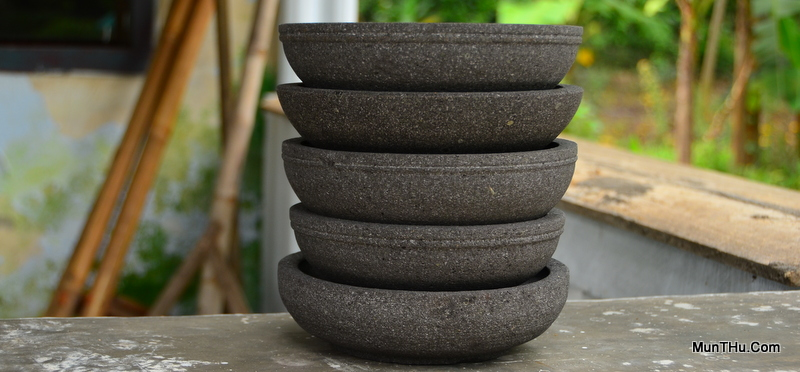 Cobek Batu Alam dari Gunung Merapi Buatan Pengrajin MunTHu.Com