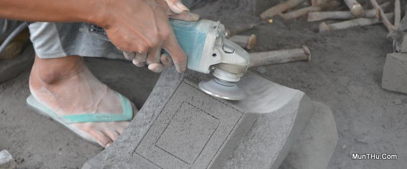 Penghalusan Kerajinan Batu dengan Cutter Datar bentuk Mangkok