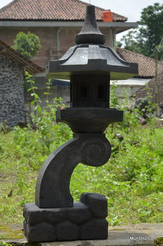 Lampion Rangkai Batu Alam (Candi) Gunung Merapi T70 D30