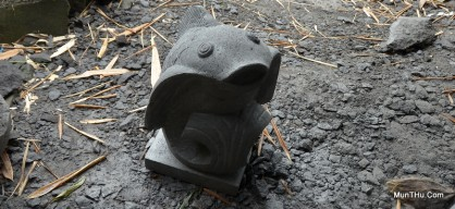 Patung Ikan Koi Batu Alam Merapi