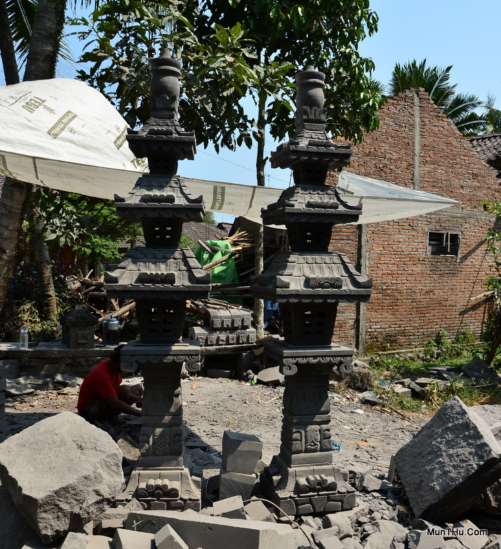 Gapura Pagoda Tingkat 3 Atap Ukir Genteng Batu Alam Merapi / Candi (T 2,9 meter)