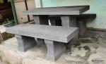 Meja Kursi Batu Alam Gunung Merapi dengan Ukiran Bunga Pahat Manual