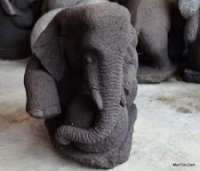 Patung Gajah Duduk Batu Andesit G. Merapi / Batu Candi