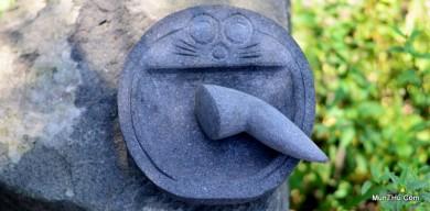 Cobek Doraemon Batu Gunung Merapi