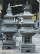Lampion Batu Atap Tumpuk 3 Pagoda