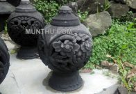 Lampion Batu Bentuk Vas Bola Ukiran Bunga