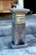 Lampion Taman Tegak plus Kaca Batu Alam Merapi