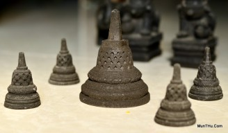 Miniatur Stupa Candi Borobudur Cetakan Batu MN2