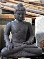 Patung Budha Candi Borobudur Bumisparsha Mudra Memanggil Bumi
