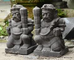Patung Gupolo Dwarapala Redjo Pentung Batu Candi Merapi