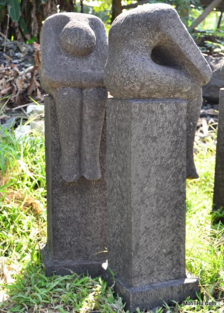 Berbagai Patung Dari Batu Alam Gunung Merapi Aka Batu