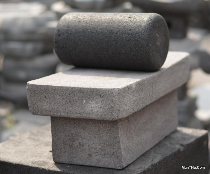 Gandik dan Pipisan Batu Penggilas